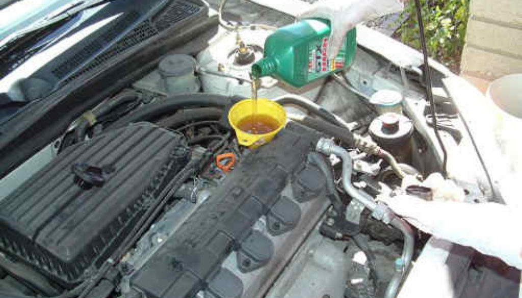 Oil Change On Honda Civic From Pops Auto Electric Orlando Florida